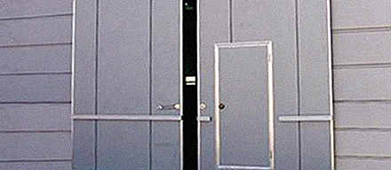 Противопожарные ворота, двери
